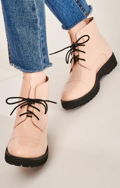 Картинки по запросу Жіноче взуття оптом в оптовому магазині «Engros»